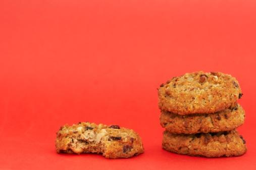 olio di palma R-91091582-biscotti-uvetta