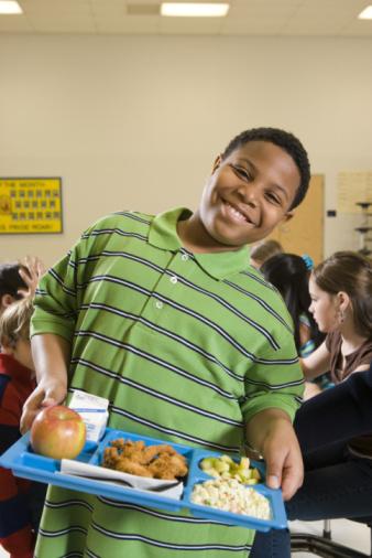 bambino sovrappeso mensa mangiare