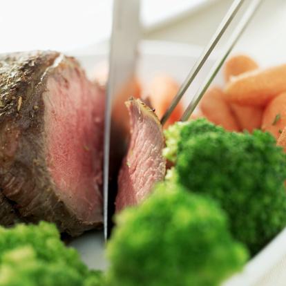 carne arrosto affettare