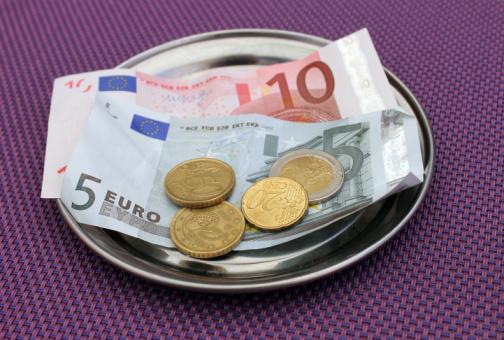 pagare soldi ristorante