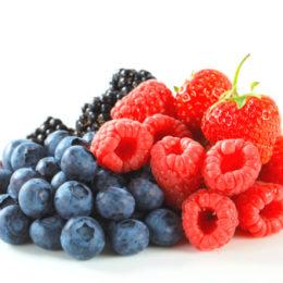 frutti di bosco 157341171