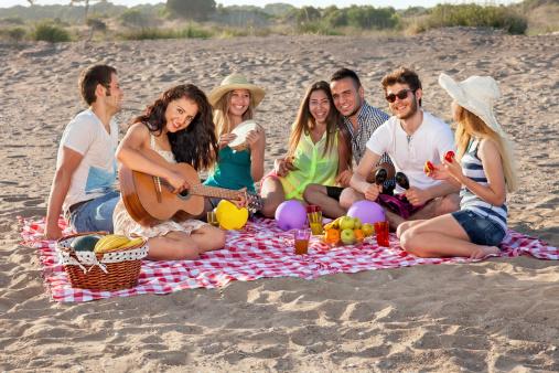 giovani festa gruppo adolescenti 170602465