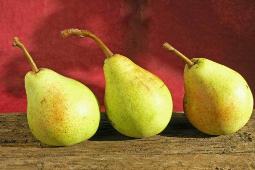 pere frutta 177411339