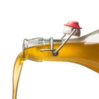 olio oliva bottiglia 178504165