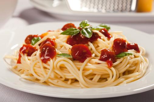 pasta spaghetti 186792344