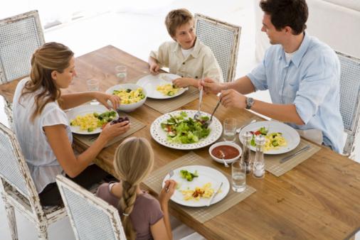 famiglia tavola