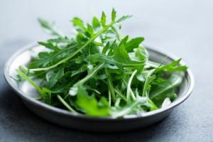 rucola insalata verdura 180802664
