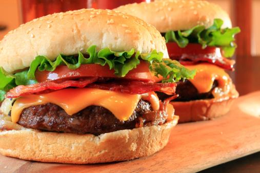 francesi e hamburger 147663437