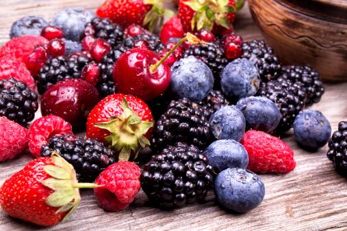 frutti di bosco 462282877