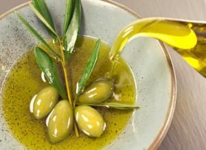 olio di oliva 470041935