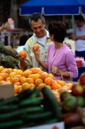 negozio frutta e verdura 81177672