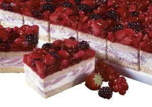 frutti di bosco torta Beerenfrucht-Buttermilch-Schnitte-1