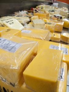 Bollo sanitario formaggio  iStock_000008211988_Small