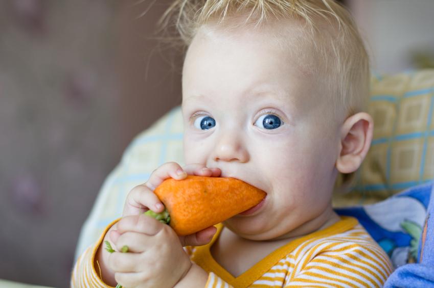 bambino verdura