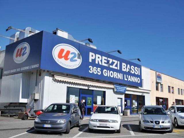 U2 supermercati