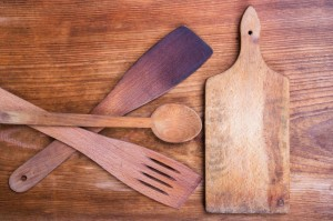 legno tagliere utensili iStock_000049434006_Small