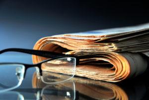 giornale giornalisti iStock_000037407526_Small