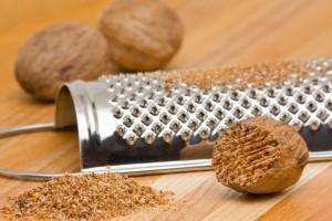 Nutmeg with grinder Allergeni
