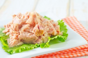 salad from tuna tonno in scatola