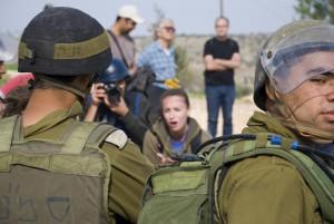 soldati palestina israele iStock_000016014186_Large