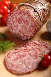 salame toscano Finocchiona iStock_000023117136_Small