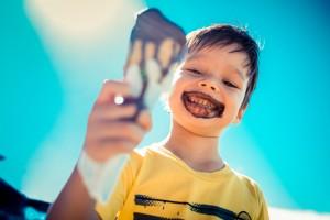 gelati cioccolato bambini iStock_000058697416_Small