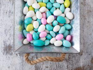 caramelle confetti dolci zucchero biossido di titanio