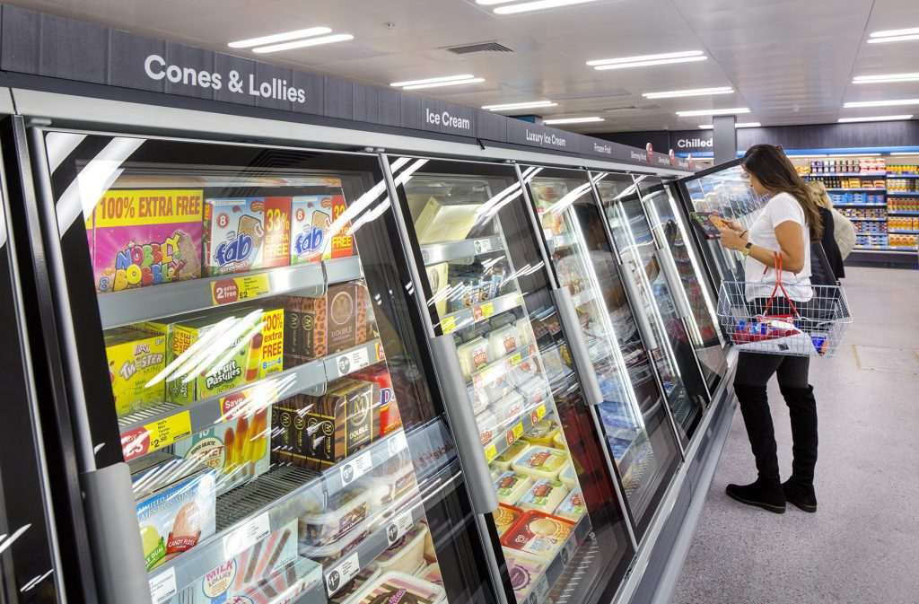 ICELAND supermercato surgelati banchi
